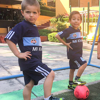 Kinder-en-pedregal-futbol-mi-kinder-movil