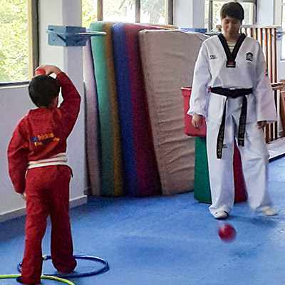Kinder-en-pedregal-tae-kwon-do-mi-kinder-movil